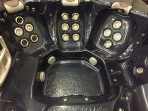 Refurbished Elite Spas Hot Tub