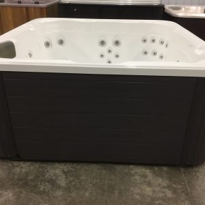 Refurbished Hawkeye Hot Tub